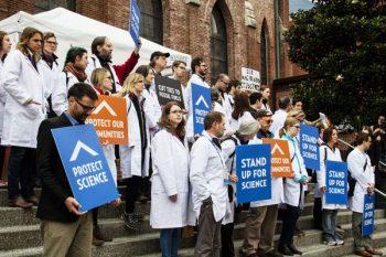 marcia per la scienza, ricercatori, vaccini