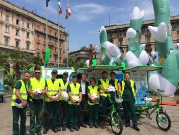 amsa, raccolta dei rifiuti, triciclo