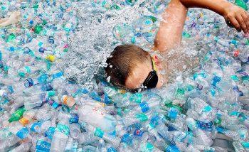 rifiuti di plastica, yvan bourgnon
