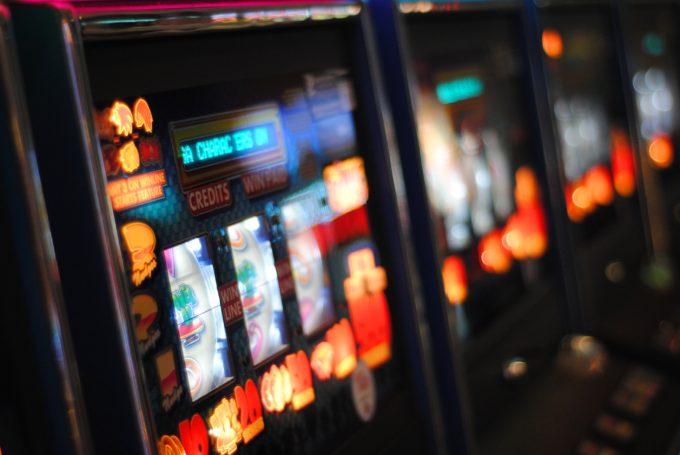 slot machine, gioco azzardo, bicocca