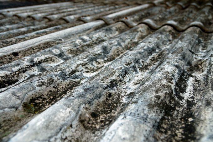tetto di amianto prima della bonifica