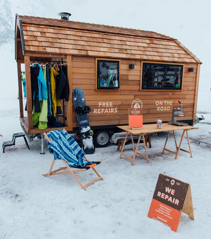 patagonia, riparazioni, worn wear tour, neve