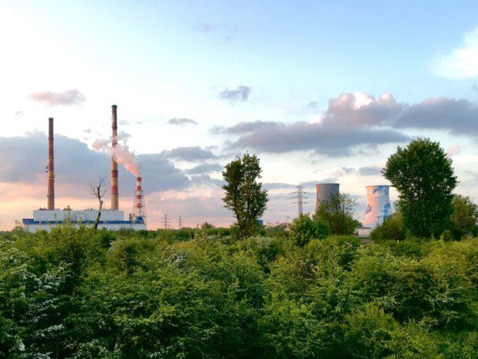 Unione Europea sostenibilità ambientale plastiche riciclate plastica materie prime riciclate industria pesante impatto zero energia rinnovabile emissioni zero emissioni CO2 economia circolare Circular Economy