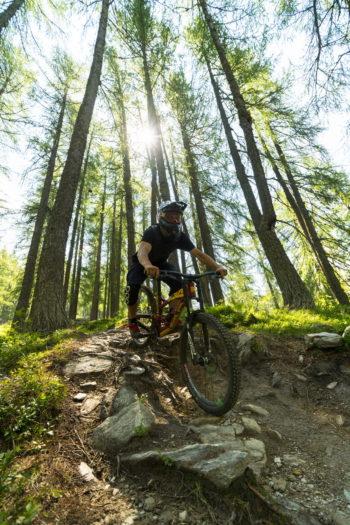 cicloturisti, ebike, bici, valtellina, piste ciclabili