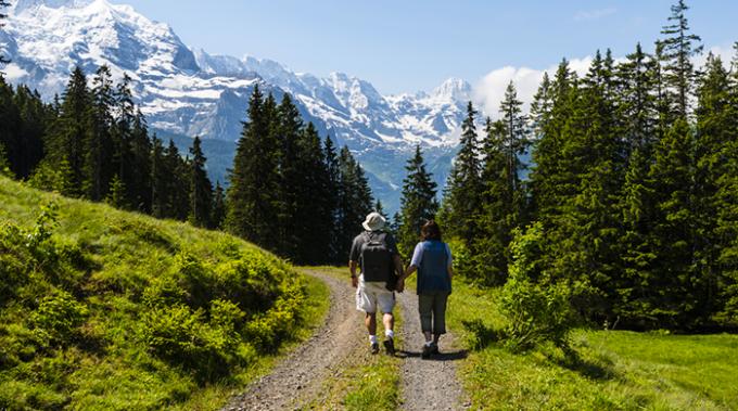 turismo lento, svizzera, trekking