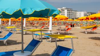 legambiente, italia, spiagge libere