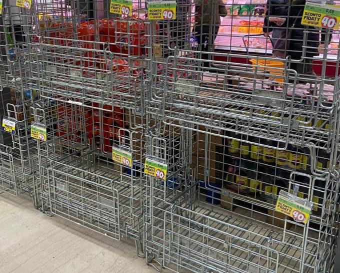 supermercato panico igiene delle mani diffusione del contagio coronavirus Claudio Mencacci cibo