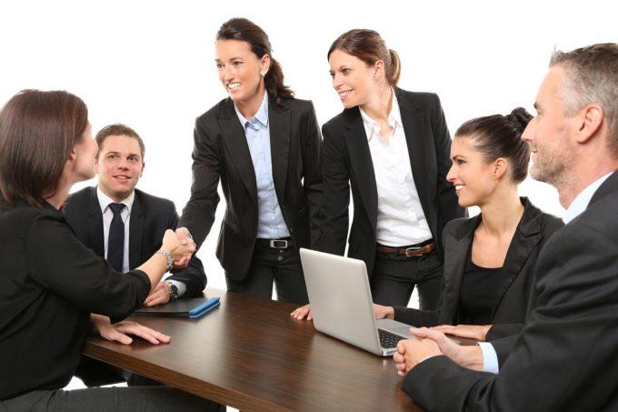 team building ricerca interiore potenziale mentoting Luisa Tuzza happiness gratitudine felicità Etre emergenza sanitaria discipline olistiche coaching catalizzatore benessere sul lavoro benessere personale