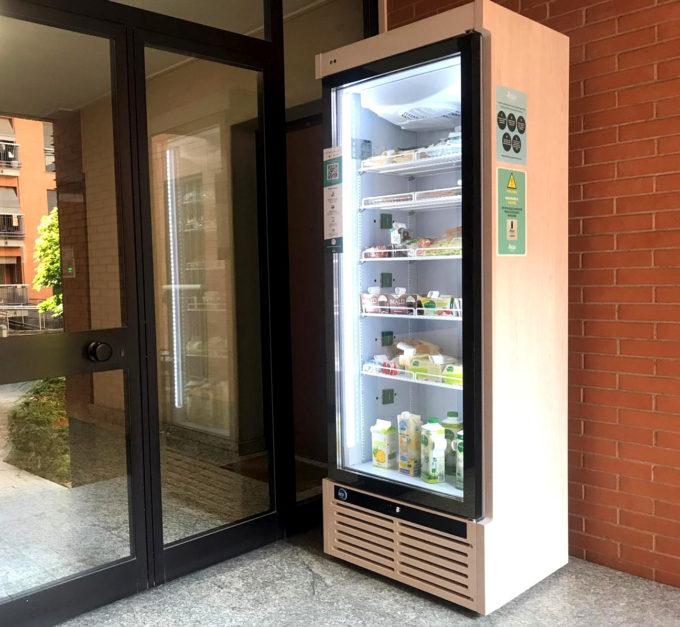 Un frigorifero intelligente di FrescoFrigo
