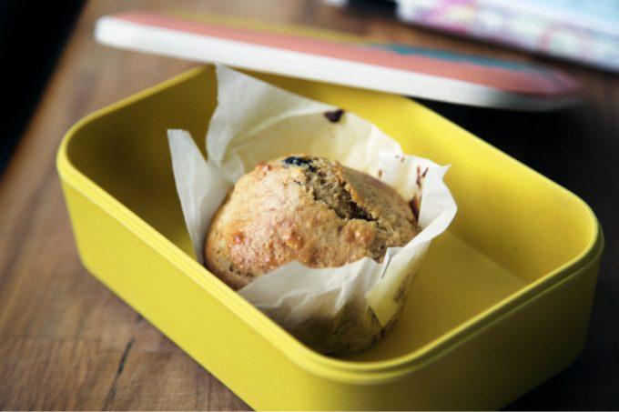 Lunch box con merenda per la scuola