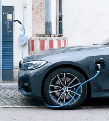 BMW: auto elettrica