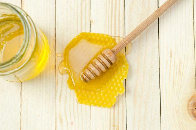 miele contro mal di gola