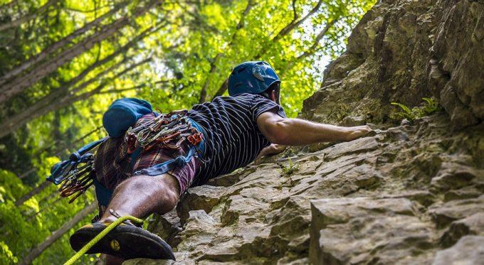 Climbing: un arrampicatore